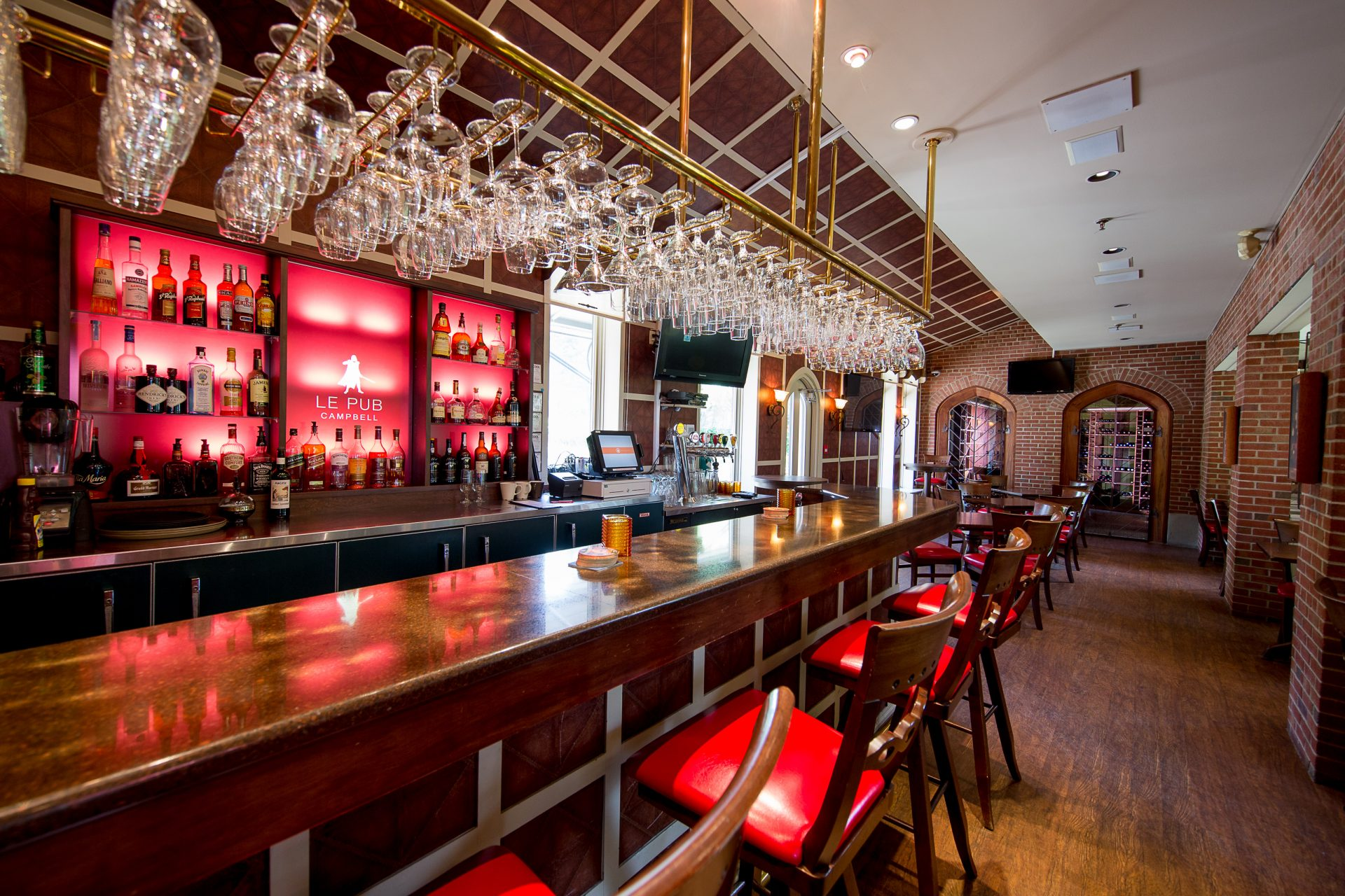 Manoir_Rouville-Campbell_Pub-Campbell